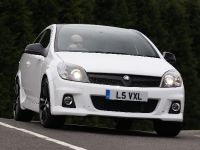 2010 Vauxhall Astra VXR Arctic Edition, 13 of 15