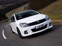 2010 Vauxhall Astra VXR Arctic Edition, 7 of 15