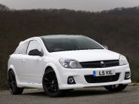 2010 Vauxhall Astra VXR Arctic Edition, 11 of 15