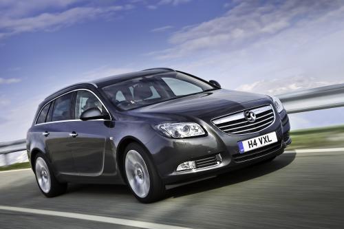 Пересмотрены и улучшены 2010 Vauxhall Insignia доступна для заказа