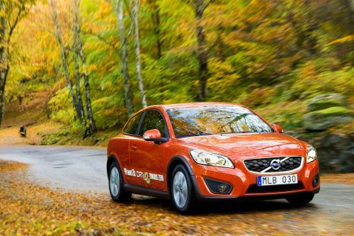 2010 Volvo C30 1.6 D DRIVe с только 99 г/км вредных выбросов
