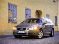 2010 Volvo V70, 6 of 27