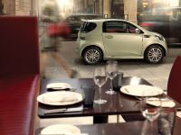 2011 Aston Martin Cygnet, 5 of 6
