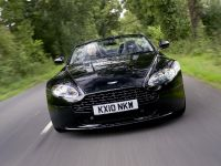 2011 Aston Martin V8 Vantage N420 Roadster, 17 of 18