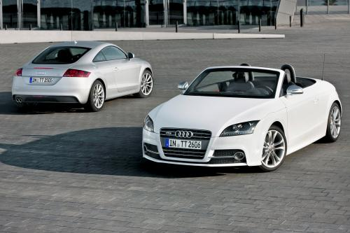Audi A8, R8 Spyder 4.2, TT и TT Roadster по цене для нас