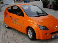 2011 Axon Plug-in Hybrid, 1 of 2