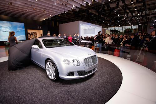 2011 Bentley Continental GT, представленной на Paris Motor Show