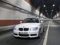 2011 BMW 1 Series Convertible, 1 of 22