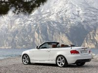 2011 BMW 1 Series Convertible, 3 of 22