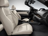 2011 BMW 1 Series Convertible, 20 of 22