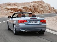 2011 BMW 3 Series Convertible, 2 of 22