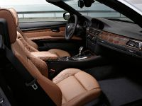 2011 BMW 3 Series Convertible, 7 of 22