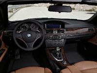 2011 BMW 3 Series Convertible, 9 of 22