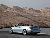 2011 BMW 3 Series Convertible, 13 of 22