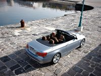2011 BMW 3 Series Convertible, 18 of 22