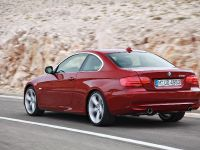 2011 BMW 3 Series Coupe, 3 of 24