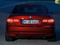 2011 BMW 3 Series Coupe, 16 of 24