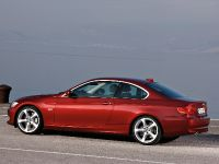 2011 BMW 3 Series Coupe, 20 of 24