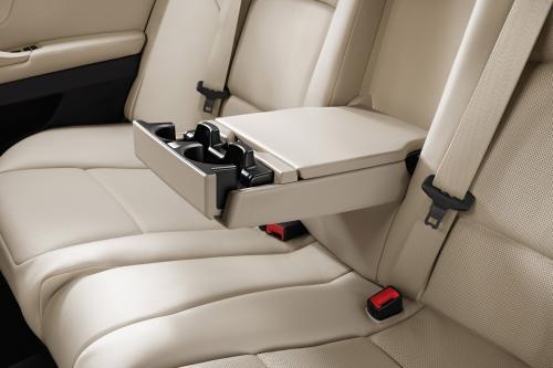 2011 BMW 5 серии седан с длинной колесной базой дебютирует на выставке Auto China 2010