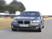 2011 BMW 5 Series Sedan, 33 of 57