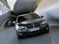 2011 BMW 5 Series Sedan, 38 of 57