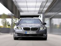 2011 BMW 5 Series Sedan, 44 of 57