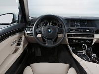 2011 BMW 5 Series Sedan, 12 of 57