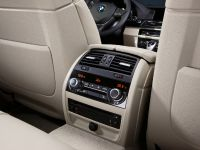2011 BMW 5 Series Sedan, 18 of 57