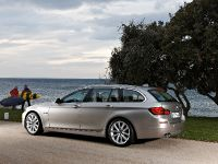2011 BMW 5 Series Touring, 33 of 34