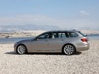 2011 BMW 5 Series Touring, 34 of 34