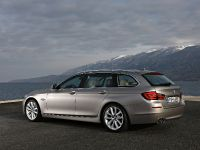 2011 BMW 5 Series Touring, 6 of 34
