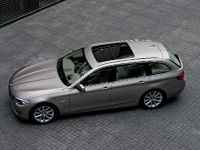 2011 BMW 5 Series Touring, 8 of 34