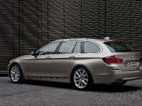 2011 BMW 5 Series Touring, 10 of 34