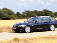 2011 BMW 5 Series Touring, 16 of 34