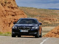 2011 BMW 5 Series Touring, 18 of 34