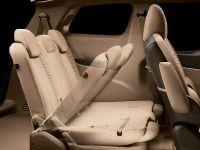2011 Buick GL8, 19 of 28