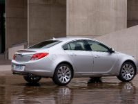 2011 Buick Regal, 2 of 7