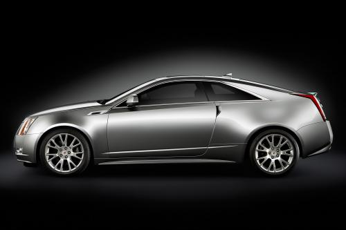 2011 Cadillac CTS Coupe попадает на рынок в следующем году