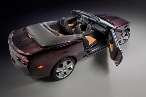 Chevrolet выпускает Camaro Convertible Neiman Marcus Edition