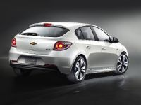 2011 Chevrolet Cruze Hatchback, 2 of 3