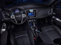 2011 Chrysler 200 Convertible, 24 of 27