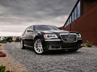 2011 Chrysler 300, 2 of 41