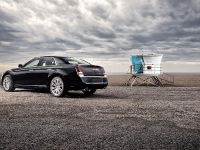 2011 Chrysler 300, 8 of 41