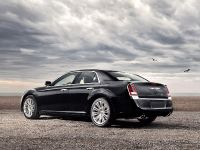 2011 Chrysler 300, 18 of 41
