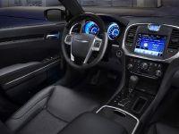 2011 Chrysler 300, 28 of 41