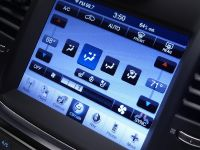 2011 Chrysler 300, 35 of 41