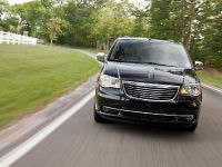 2011 Chrysler Town and Country, 1 of 5