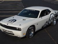 2011 Dodge Challenger Drag Pak, 2 of 10