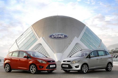 2011 Ford C-MAX хитов рынка в Великобритании
