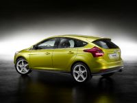 2011 Ford Focus 5-door, 2 of 2